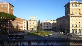 Marktplatz Venezia in Rom zu Weihnachtszeit stock footage
