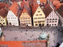 Marktplatz von Rothenburg auf dem Tauber lizenzfreie stockfotos