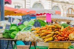 Marktszene in Beaune Lizenzfreies Stockfoto