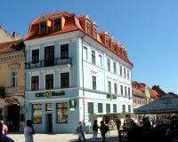 Marktvierkant in Brasov (Kronstadt), Transilvania, Roemenië Royalty-vrije Stock Foto