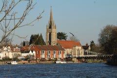 Marlow con la suoi chiesa e ponte Fotografie Stock Libere da Diritti