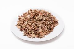 Marmelos secos de Aegle del té de la fruta de Bael aislados en el fondo blanco Fotos de archivo libres de regalías