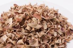 Marmelos secos de Aegle del té de la fruta de Bael aislados en el fondo blanco Fotografía de archivo libre de regalías