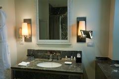 Marmeren gootsteen in toilet Royalty-vrije Stock Foto's