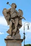 Marmeren standbeeld van engel van Sant'Angelo Bridge Stock Afbeeldingen