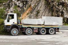 Marmeren steengroeve in Carrara stock fotografie