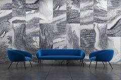 Marmeren woonkamer, blauwe bank, leunstoelen Royalty-vrije Stock Foto's