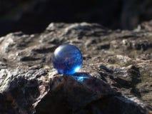 Marmo blu su roccia Fotografie Stock