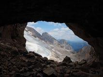 Marmolada, Италия Ландшафт на плато и своем леднике от канав первой мировой войны стоковые фото