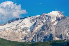 Marmolada назвало по мере того как ферзь доломитов гористая группа в составе горы Альпы, самая высокая в доломитах, достигая стоковые фото