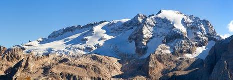 Marmolada, der höchste Berg von Dolomitbergen Stockfotografie