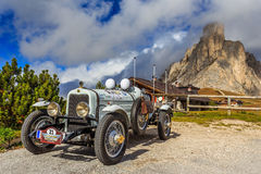 Oldtimer Marmon Roosevelt in Passo Giau Royalty Free Stock Image