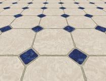 Marmor deckte Fußboden mit Ziegeln Lizenzfreie Stockfotografie