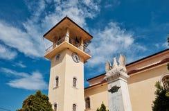 Marmor-Eagle und Glockenturm auf griechisch-orthodoxer Kirche, Griechenland stockfotos