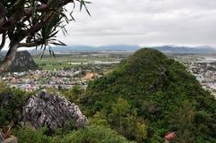 Marmorberg, Da Nang, Vietnam Arkivfoton