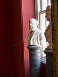 Marmorbystutställning i det regements- museet i stadsmuseet i Lancaster England i mitten av staden arkivbild