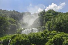 Marmore瀑布 美丽和强有力的瀑布 最高在欧洲 翁布里亚意大利 库存照片
