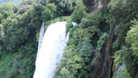 Marmore de la cascada almacen de metraje de vídeo