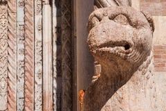 Marmorera dekoren och kolonner, Sts Mark fyrkant, Venedig, Italien Royaltyfri Foto