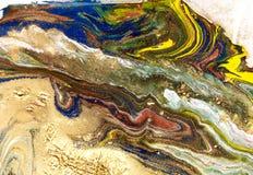 Marmorerad abstrakt bakgrund Vätskemarmormodell Färgrik marmorbakgrund guld- blänka textur arkivbilder