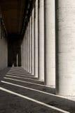 Marmorkolonnade, Rom, Italien Stockfotografie