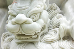 Marmorlionstaty Royaltyfri Bild