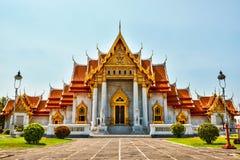 Marmortemplet, (Wat Benchamabopitr Dusitvanaram) Bangkok THAILAND Arkivfoto