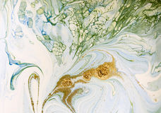 Marmurkowaty błękita, zieleni i złoto abstrakta tło, Ciecza marmuru wzór Fotografia Royalty Free