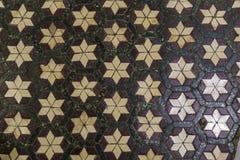 Marmurowa podłoga dekorował z mozaikami w kościół w Rzym, Włochy Obrazy Stock