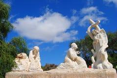 Marmurowe statuy zaznacza stacje krzyż w Malta Zdjęcie Stock