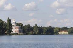 Marmurowy pałac i zielony dom Zdjęcia Stock