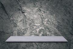 marmurowy stół z cement ściany tłem, może być przedstawiamy twój fotografia stock