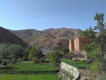 Marockanska Kasbah i den Dades dalen Arkivbild