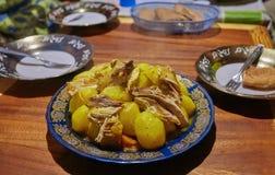 Marocko nationell maträtt - tajine av kött fotografering för bildbyråer