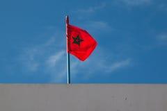 Marokańczyka Chorągwiany dmuchanie w wiatrze Obraz Royalty Free