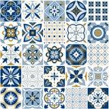 Marokkaans patroon De textuur van de decortegel met blauw ornament Traditioneel Arabisch en Indisch aardewerk die naadloze patron stock illustratie