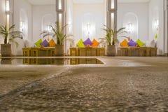 Marokkaans Riad Interior Stock Afbeeldingen