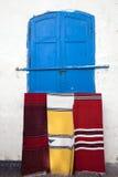 Marokkaanse tapijten in de straten van Essaouira Royalty-vrije Stock Afbeelding