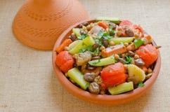 Marokkaanse Zeven groententajine stock afbeeldingen