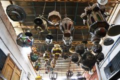 Marokkanische Lampen und Laternen stockfoto