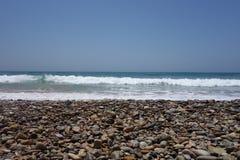 Marokkanische Landschaft Felsiger Strand in Agadir Stockbilder