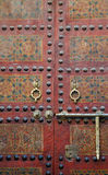 Marokkanischer Eingang. Moschee Sidi Ahmed Tijani in Fez, Marokko. Lizenzfreie Stockbilder