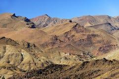 Marokkanisches Dorf in den Anti-Atlasbergen lizenzfreie stockfotografie