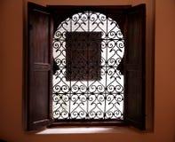 Marokkanisches Fenster Stockfoto
