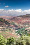 Marokko, hohe Atlas-Landschaft Tal nahe Marrakesch auf der Straße Stockfotos