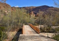 Maroko Dades most przez rzekę i dolina Zdjęcia Stock