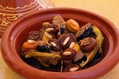 Maroko, Tajine baranek z wysuszonymi owoc fotografia royalty free