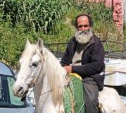 Maroko targowy kwadrat miasto fez Marzec 12 2019 Jeździec jedzie bazar zdjęcie stock