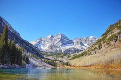 Maroon ландшафт озера горы колоколов, Колорадо, США Стоковое Изображение RF