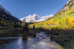 Maroon колоколы Aspen Колорадо в падении Стоковая Фотография